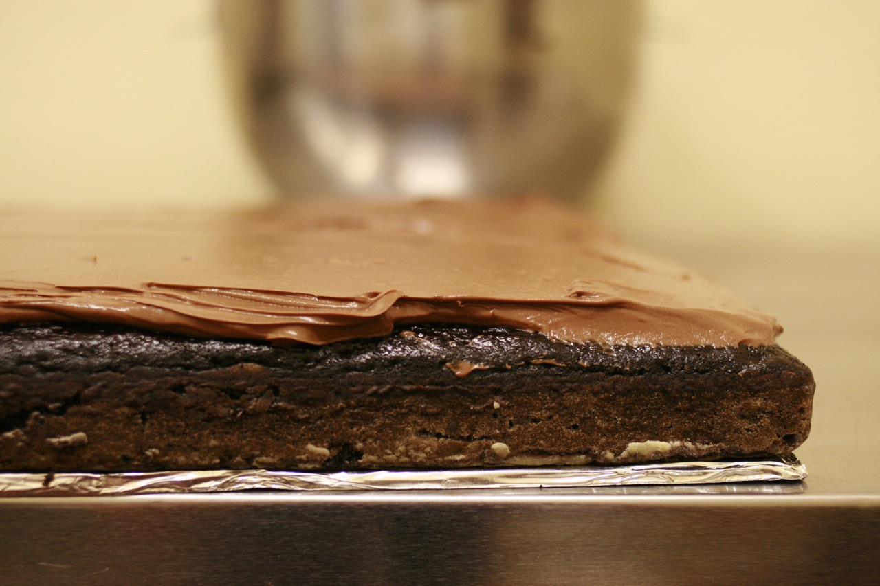 How To Bake A Wedding Cake